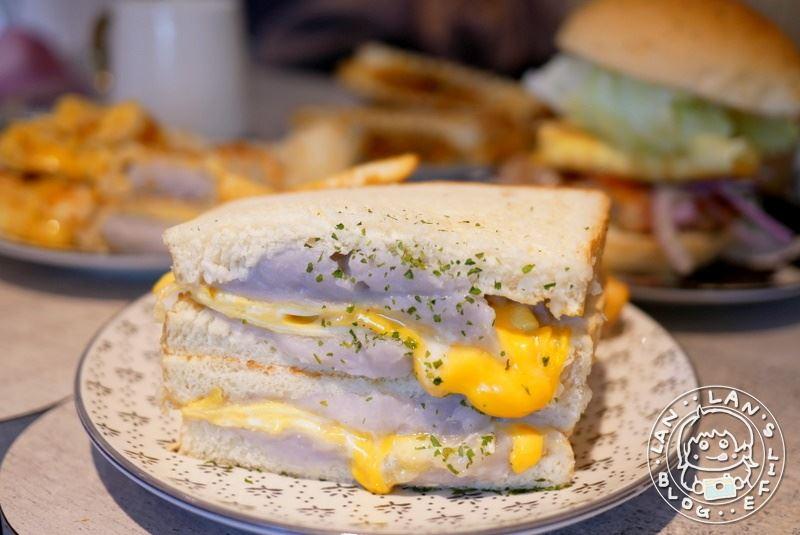板橋芋頭蛋餅 【鳳梨寶堡Pineapple Baby】芋泥蛋餅 芋泥三明治 新埔早餐推薦