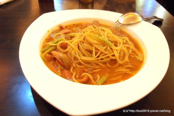 幸福起司(東園店):【台北萬華】幸福起司-平價大碗的義大利麵,加套餐也不超過200元喔!