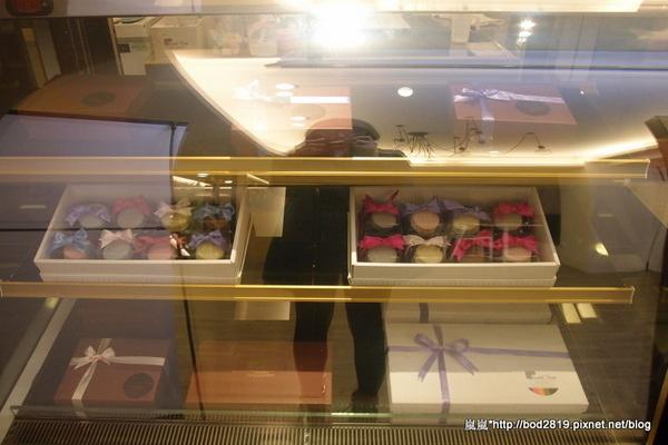Sweet stone巧克力凍飲專門店:【台中逢甲】Sweet stone巧克力凍飲專門店-超特別的巧克力鍋,苦甜巧克力搭配新鮮水果&餅乾!