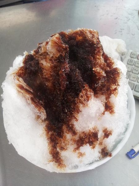 玉冠嫩仙草:【澎湖馬公】玉冠嫩仙草&家竹黑砂糖冰-兩家到澎湖必吃的消暑冰店!
