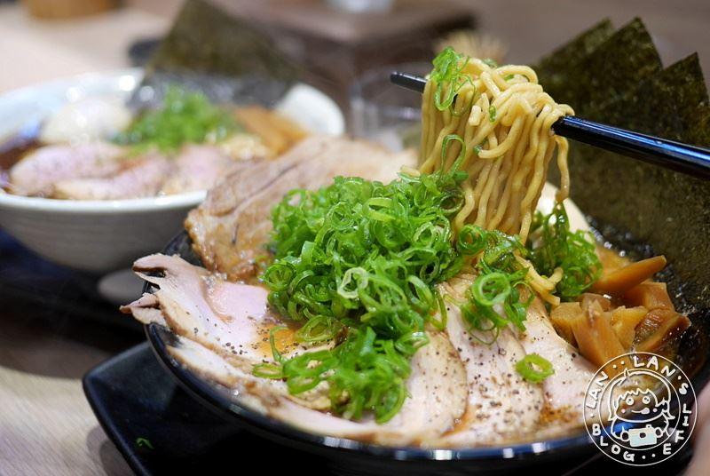 板橋拉麵 【双豚 ラーメン】99元起免費續麵 超濃郁豚骨湯頭 日式醬油湯