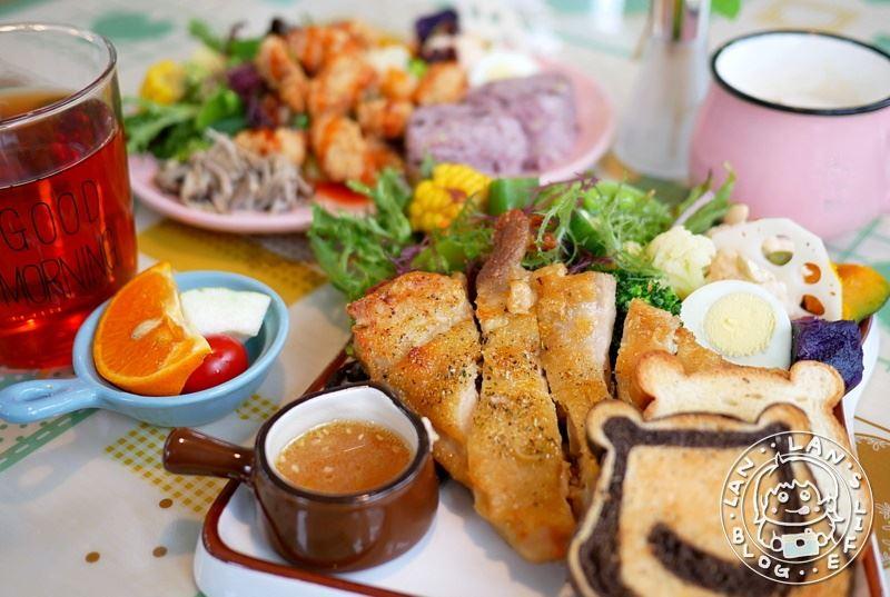 萬華早午餐 【愛心早餐輕鬆做 Wake up】一百多元繽紛健康早午餐!